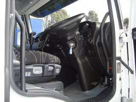 Iveco Powerstar 6400 Primemover Truck - picture8' - Click to enlarge