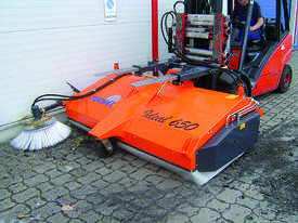 Tuchel Ideal 650 Sweeping machine - picture6' - Click to enlarge