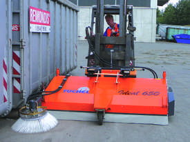 Tuchel Ideal 650 Sweeping machine - picture8' - Click to enlarge