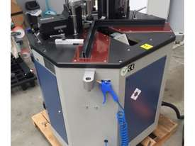 OZGENC 136 Crimper Machine - picture3' - Click to enlarge