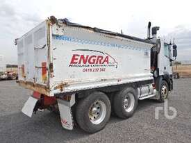 IVECO EUROTECH Tipper Truck (T/A) - picture1' - Click to enlarge