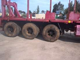 Kenworth K100E Cab Chassis Tri Drive Tandem Steer 10X6 - picture2' - Click to enlarge