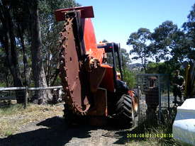 RT-115 rocksaw , 2006 model , 1500hrs , H-911 trencher available - picture1' - Click to enlarge