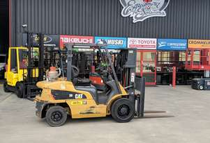 CATERPILLAR GP30NT 3.0T GAS FORKLIFT