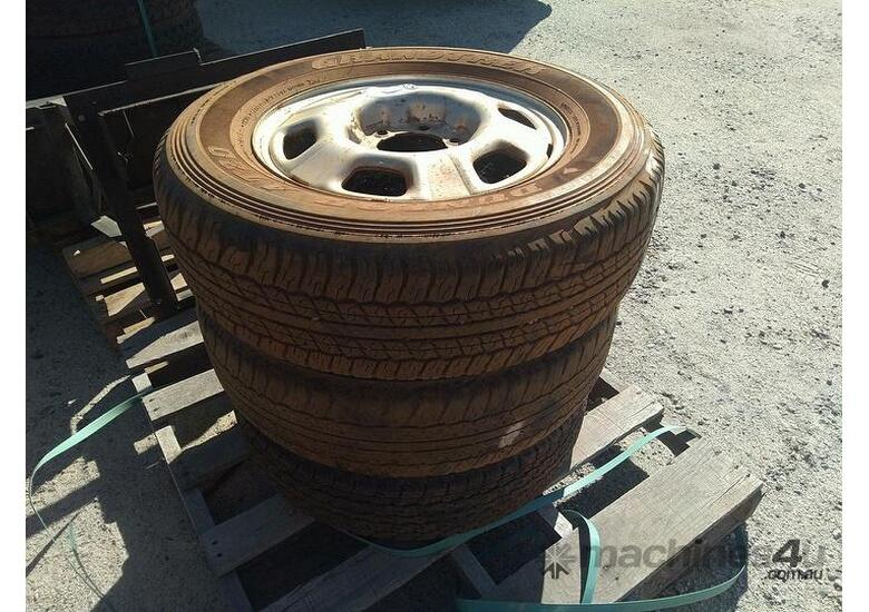 3X Assorted Tyres ON 6 Stud 17 Inch Rims