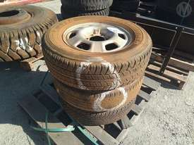 3X Assorted Tyres ON 6 Stud 17 Inch Rims - picture0' - Click to enlarge
