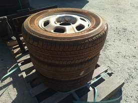 3X Assorted Tyres ON 6 Stud 17 Inch Rims - picture2' - Click to enlarge