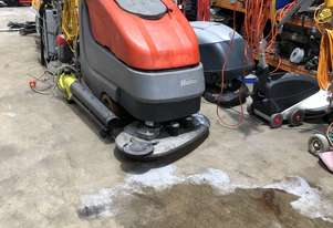 Hako   B90 SCRUBBER LOW HOURS