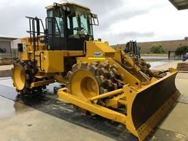 Caterpillar 815F2 - picture0' - Click to enlarge