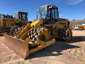 Caterpillar 815F2 - picture1' - Click to enlarge