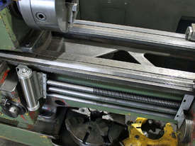 Heidenreich and Harbeck VDF 21 RO Centre Lathe - picture2' - Click to enlarge