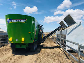 Faresin PF Series Feed Mixer Hay/Forage Equip - picture1' - Click to enlarge