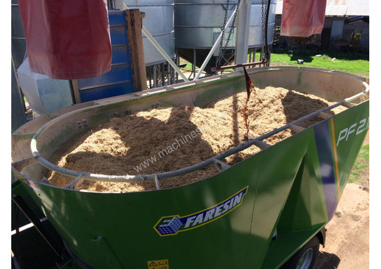 Faresin PF Series Feed Mixer Hay/Forage Equip