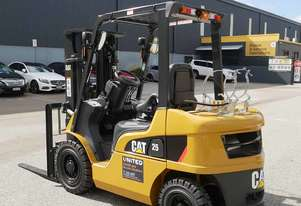 CAT 2.5T LPG Forklift with 3-Stage Mast