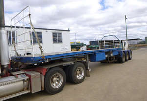 Haulmark R/T Lead/Mid Flat top Trailer