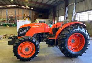 KUBOTA M7040SU 70 HP TRACTOR , AS NEW CONDITION , 386 HOURS T/T , 2014 MODEL ,4 WD .