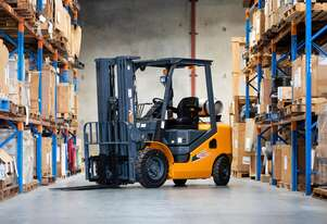 New MLA Vulcan 2.5T Container Accessible Forklift