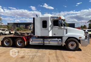 2009 FREIGHTLINER CST120 6X4 PRIME MOVER