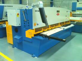 SM-SBHS3212 - 3200mm x 12mm Heavy Duty Model - picture1' - Click to enlarge