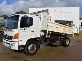 2007 HINO GH 500 - Tipper Trucks - picture0' - Click to enlarge