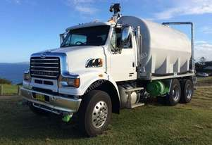 2014 Sterling BYO Cab-Chassis for 2015 WTBB Tanker