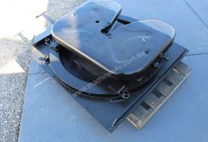 HOLLAND HITCH LOW PROFILE BALLRACE TURNTABLE