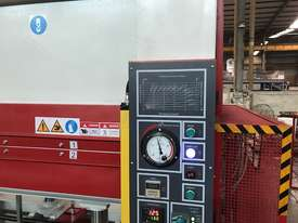 HUGE 150T SINGLE DAYLIGHT HYDRAULIC HOT PRESS 3800 X 1300MM *IN STOCK ON SALE* - picture13' - Click to enlarge