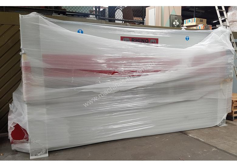 LARGE SINGLE DAYLIGHT HOT PRESS 3800 X 1300MM X 150T IDEAL FOR BENCHTOPS *ON SALE*