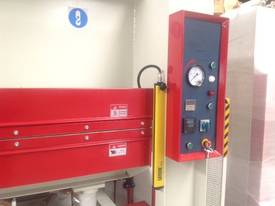 RHINO LARGE 150T SINGLE DAYLIGHT HYDRAULIC HOT PRESS 3800 X 1300MM PLATEN *SECURE TODAY* - picture4' - Click to enlarge