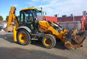 JCB 3CX PCSS ECO BACK HOE LOADER Top of the range.