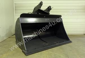 UNUSED 1880MM HYDRAULIC TILTING BATTER BUCKET SUIT 16-25T EXCAVATOR D579