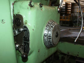 Combination Type FWA 41 Milling Machine Ex Tafe - picture10' - Click to enlarge