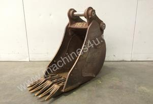 250MM TOOTHED BUCKET GOOD COND 2-3T MINI EXCAVATOR D563