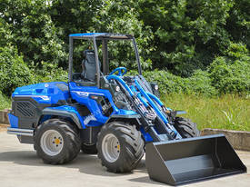MULTIONE 10.8 MINI WHEEL LOADER WITH HIGH FLOW - picture2' - Click to enlarge