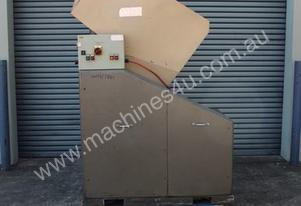 Avian Engineering Plastics Granulator