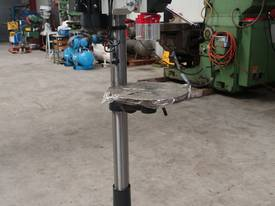 � 16mm Capacity Pedestal Drill - picture0' - Click to enlarge