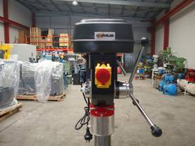 � 16mm Capacity Pedestal Drill - picture7' - Click to enlarge