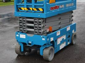 2015 Genie GS1932 Narrow Electric Scissor Lift - picture7' - Click to enlarge