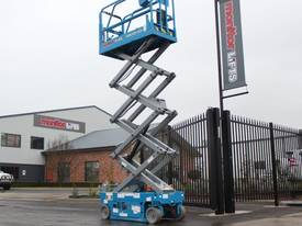 2015 Genie GS1932 Narrow Electric Scissor Lift - picture10' - Click to enlarge