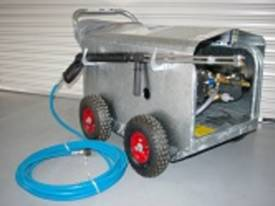 Jetwave M200-15 Cold Water Electric Pressure Cleaner - picture0' - Click to enlarge