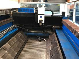 Trumpf Trumatic L3050 5kW (2004) - picture3' - Click to enlarge