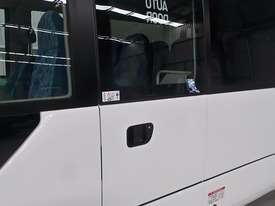 Fuso Rosa Coach Bus - picture7' - Click to enlarge