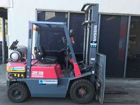 Nissan JO2 LPG / Petrol Counterbalance Forklift - picture0' - Click to enlarge