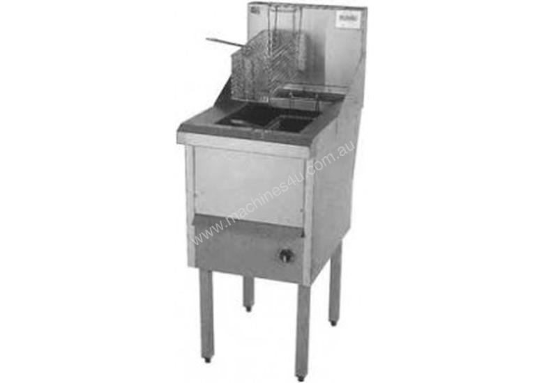 Complete WRF-3/22 Three Pan Fish and Chips Deep Fryer - 28 Liter Capacity