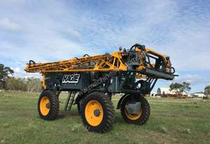 Hagie STS16 Boom Spray Sprayer