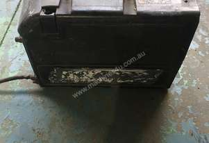 LN 25 Lincoln Electric 300 amp MIG Welding Wire Feeder Unit