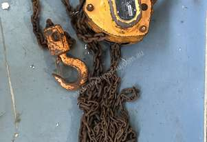 Chain Hoist Block and Tackle 2 ton x 3 mtr Drop PWB Anchor Lifting Crane PWB Anchor