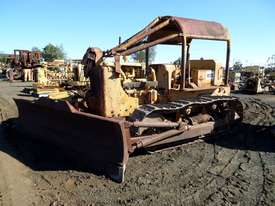 1964 Caterpillar D6B Bulldozer *DISMANTLING* - picture0' - Click to enlarge