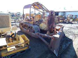1964 Caterpillar D6B Bulldozer *DISMANTLING* - picture1' - Click to enlarge