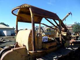 1964 Caterpillar D6B Bulldozer *DISMANTLING* - picture7' - Click to enlarge